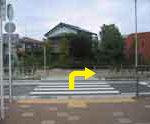 小田急相模原駅 バスロータリー前横断歩道